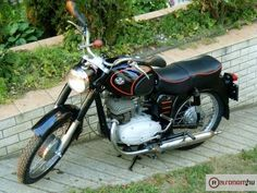 pannonia motor East Germany, Eastern Europe, Cool Bikes, Cars And Motorcycles, Motorbikes, Big, Vehicles, Classic, Derby