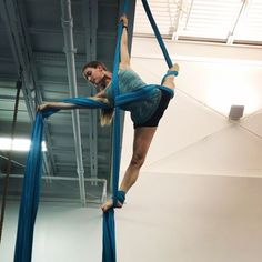Days 6 and 7 of the #thankfulaerialistchallenge demonstrated by @methosaerial dancer @cehaitaian. When put all together we call this sequence cats cradle these are our brightest silks from @aerialessentials, we love the color! Thanks for hosting @suspendedanimationaerials