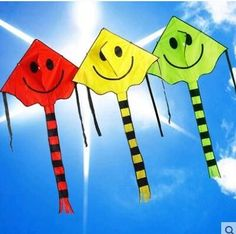 free shipping high quality smiling face kite 20pcs/lot child kite nylon ripstop kite with handle line wei kite factory chinese