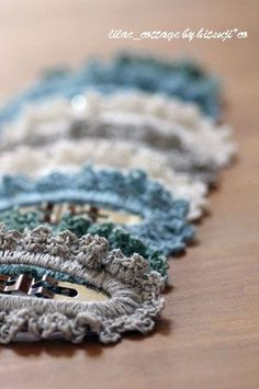 縁編み*ぱっちんピン(簡単編)の作り方|編み物|編み物・手芸・ソーイング|アトリエ|手芸レシピ16,000件!みんなで作る手芸やハンドメイド作品、雑貨の作り方ポータル