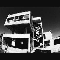 #architecture #arquitetura #arquitectura #architecturedesign #inspiracao #design #obra #projeto #uneaud #une #brasil #brazil #sp #residencial #casa #home #house #building #campo #lifestyle #natureza #landscape #landscapephotography #decor #interiors #interiordesign #contemporanea #arquiteturacontemporanea  #art #arte