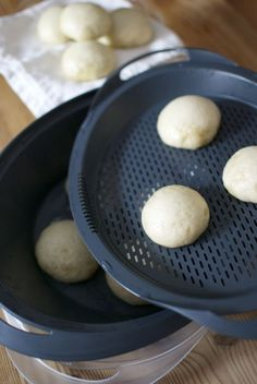 Panecillos al vapor, receta china con Thermomix « Thermomix en el mundo Asian Cooking, Cooking Time, Cooking Recipes, Wok, Food N, Food And Drink, Pan Bread, Latin Food, Sin Gluten