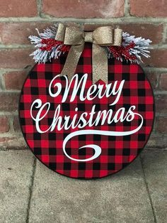 Deck up your home in the cosiest possible way for Christmas with these adorable buffalo plaid Christmas decorations that you will fall in love with. Lantern Christmas Decor, Plaid Christmas, Christmas Signs, Rustic Christmas, Christmas Holidays, White Christmas, Christmas Wreaths, Christmas Ornaments, Christmas Projects