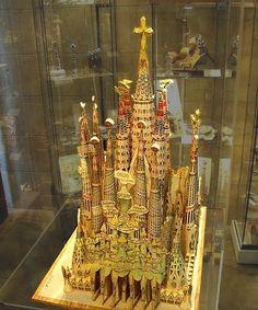 (4) Barcelona, Spain: Why is the Sagrada Família still under construction? - Quora