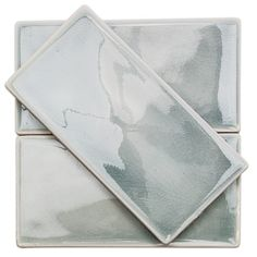 Nabi Arctic Blue Ceramic Tile is with a polished finish and cracked glass ceramic facade. Quirky Home Decor, Home Decor Signs, Eclectic Decor, Cheap Home Decor, Ceramic Subway Tile, Glass Subway Tile, Luxury Homes Interior, Home Interior, Interior Ideas