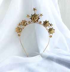 The Soleil Headpiece is the shining statement you need. Radiant gold-plated suns and stars are studded subtly with Swarovski crystals. Sun And Stars, The Shining, Swarovski Crystals, Brooch, Celestial, Headpieces, Gold, Jewelry, Fashion