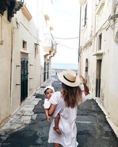 and baby aesthetic mommy travel aesthetic mommy travel aesthetic Mom And Baby, Mommy And Me, Baby Love, Cute Kids, Cute Babies, Vintage Soul, How To Pose, Family Goals, Travel Aesthetic