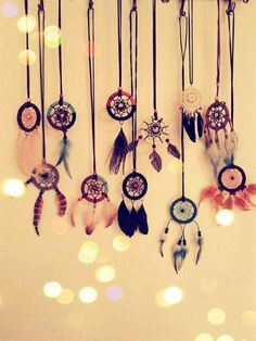 Dream catcher necklaces, I need to make these!
