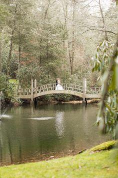 Read More: http://www.stylemepretty.com/little-black-book-blog/2014/07/17/romantic-rustic-old-edwards-inn-wedding/