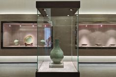 The Porcelain Tour is a small group unique and professional in-depth discovery of exquisite Chinese porcelain and ceramics at its origins. China China, Contemporary Ceramics, Centre, Porcelain, Bathtub, Tours, Design, Home Decor, Standing Bath