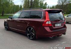 garage | Volvo V70 2.5 FT (2010)