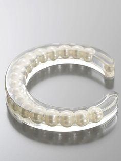 • PRESERVED GRANNY PEARLS •  bracelet plexi modern forward