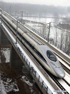 high speed train | Your Daily Train -> http://dailytrain.tumblr.com/