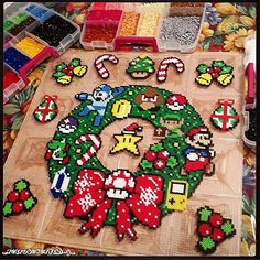 Nintendo Christmas Wreath & Ornaments - Perler Beads by Hama Beads Design, Diy Perler Beads, Perler Bead Art, Pearler Bead Patterns, Perler Patterns, Cumpleaños Diy, Arte 8 Bits, Christmas Perler Beads, Art Perle