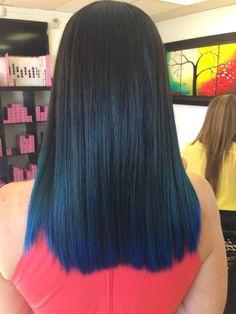 Black to blue ombré ! Dark Blue Hair, Blue Ombre Hair, Ombre Hair Color, Cool Hair Color, Black To Blue Ombre, Dye My Hair, Balayage Hair, Haircolor, Hair Highlights