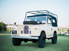 Land Rover 88 Serie II A soft top canvas in white.