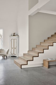 Identity : Jotun Lady new Color chart 2019 - Only Deco Love Dark Interiors, Colorful Interiors, Jotun Paint, Casa Mix, Jotun Lady, Comfort Gray, Comfort Colors, Modern Stairs, House Stairs