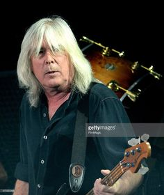 HBD Cliff Williams Decemb er 14th 1949: age 66