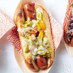 Muffuletta Hot Dogs- Olives, pepperoncini peppers, tomatoes, oregano, and mozzarella cheese make these hot dogs taste similar to the Big Easy's most famous sandwich. Dog Recipes, Side Recipes, Grilling Recipes, Cooking Recipes, Healthy Recipes, Healthy Food, Recipies, Skinny Recipes, Sandwich Recipes