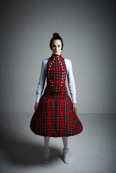 A.W.A.K.E. Fall 2013 Ready-to-Wear Fashion Show