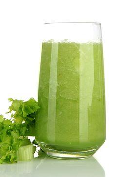 Suco verde da Deborah Secco: http://abr.ai/1aNHALu
