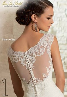Style AVZA  ALENCON LACE ON SOFT NET WITH WIDE HEMLINE LACE- AVAILABLE IN THREE LENGTHS: 55 INCHES, 58 INCHES, 61 INCHES Available in White, Ivory  Precio : $3.181.750 Pesos Colombianos Precio : $ 1.446.00 Dólares Americanos