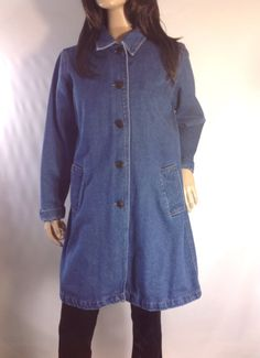 RANGE RIDE  Denim Minimalist Coat #sixcatsfunVINTAGE  #denim #sixcatsfun # minimalist #fallcoat #autumncoat #momcoat #minicoat