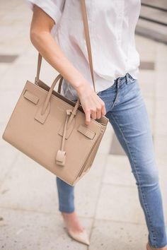 You won't regret investing in a neutral structured bag.