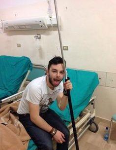 Il cantante #xfactor lorenzo #fragola ricoverato in ospedale adesso sta bene