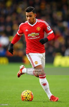 Memphis Depay, one of the biggest busts in Man. Memphis Depay, Soccer Guys, Manchester United Football, Jojo Siwa, Man United, Rugby, My Books, The Unit, Hairstyles