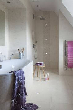 Classic Flax Honed limestone bathroom tiles from Mandarin Stone from Best Bathroom Tiles, Bathroom Spa, Bathroom Ideas, Limestone Flooring, Natural Stone Flooring, Mandarin Stone, Hallway Flooring, Stone Tiles, Amazing Bathrooms