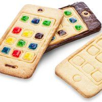 Make your own cookie iPhone. Cookitcutter #food