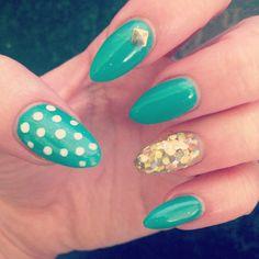 My new green and pokadot nails! Love them