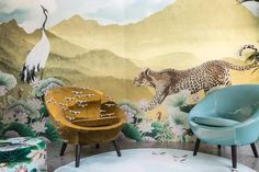 <p>Imarika, historical fashion boutique based in Milan, presents its first mobile capsule collection designed in collaboration with interior designer Vito Nesta. Three cranes, the Japanese symbol of l