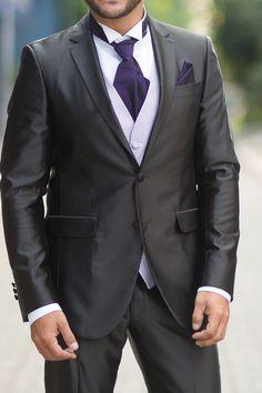 Traje para noivo marca Protocolo  noivo  trajenoivo  casamento  padrinhos   trajesarigor  maisonnelly  smoking  terno  meiofraque  protocolo 7e64b2329abef