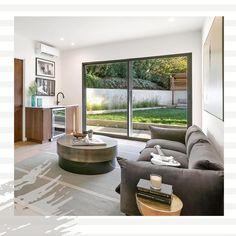 Modern Home design in LA, Dona Lola drive, CA. #homedesign #moderndesign #wooddesign #greydesign  #walnutwood #wooddesign #woodwork #interior #interiordesign #designland_hu Living Room Designs, Living Room Decor, Interiores Design, Windows, Home Design, Modern, Home Decor, Living Room Ideas, Interior