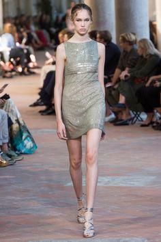 Alberta Ferretti #VogueRussia #readytowear #rtw #springsummer2018 #AlbertaFerretti #VogueCollections
