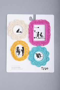 crocheted mini picture frames. cutest!