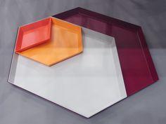 Website: http://www.designboom.com/weblog/cat/8/view/18982/clara-von-zweigbergk-steel-organizing-trays-for-hay.html