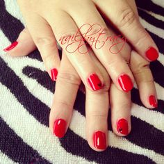 Valentine nail Art simple little black ❤