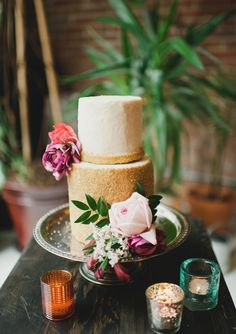 Sugary gold wedding cake | Cake by Kerissa Bakes | Read more - http://www.100layercake.com/blog/2013/06/20/jewel-toned-wedding-inspiration/