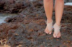 Que tal uma inspiração de um look bem iluminado para a praia? Vem ver mais sobre minha peça-chave de crochê e como usar peças desse material.