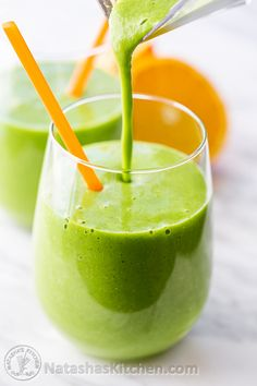This power green smoothie was love at first sip. This recipe is simple, seriously healthy and sooo refreshing. A must try!