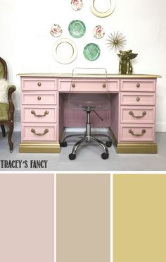Soft Blush Desk using Tea Rose and Soft Pink chalk paints Metallic Gold - Christmas-Desserts Furniture, Pink Paint Colors, Diy Paint Projects, Painted Furniture Colors, Light Pink Paint, Chalk Paint Furniture, Pink Desk, Pink Painted Furniture, Desk Makeover Diy
