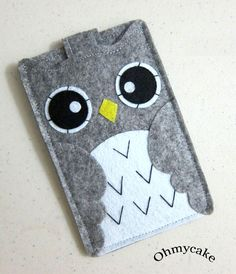 """iPhone Case - Cell Phone Case - iPhone 4 Case - iPod Case - iPod Touch Case - Handmade iPhone Felt Case - """" Grey Owl """" Design"""