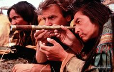 Dances with Wolves - Publicity still of Kevin Costner, Graham Greene & Jimmy Herman Native American Movies, Native American Tribes, Wolf Movie, Michael Greyeyes, Film Dance, Oscar Winning Movies, Dances With Wolves, Graham Greene, Kevin Costner