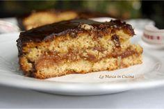 Sacher di me post: una torta di nocciole di Langa, farcita con marmellata di pesche, cacao, amaretti e Dolcetto