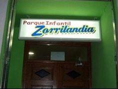 Bienvenidos al parque infantil Zorrilandia. Cómo no bautizar tu negocio. vía lainformacion.com