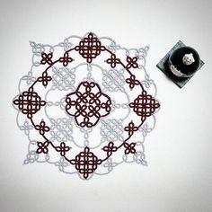 아그네스 (c) @tattingdama  동양적인 느낌이 물씬~~~ 작업하는 동안 뿌듯했던 아이   #태팅레이스 #태팅 #도일리 #핸드메이드 #실공예 #수공예 #tattinglace #tatting #doily #handmade #handcraft