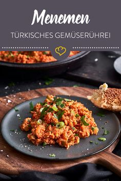 Menemen - Turkish vegetable scrambled eggs with tomatoes and peppers - No Turkish breakfast without Menemen! The vegetable scrambled eggs with tomatoes, peppers and sprin - Egg Recipes, Low Carb Recipes, Snack Recipes, Snacks, Breakfast Potatoes, Breakfast Dishes, Breakfast Hotel, Turkish Recipes